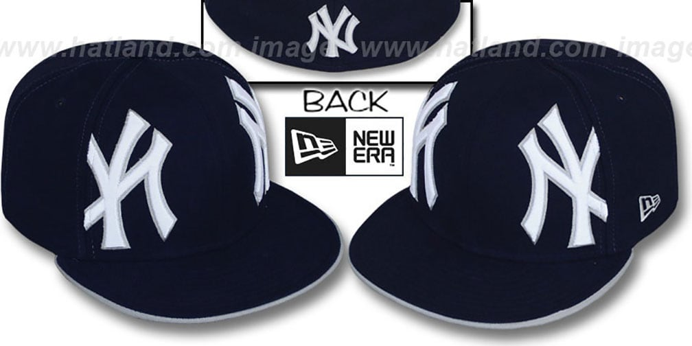 Yankees 'MIRROR PANELCUT' Navy Fitted Hat by New Era