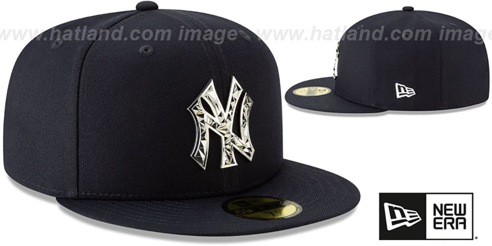 Yankees 'SILVER SHATTERED METAL-BADGE' Navy Fitted Hat by New Era