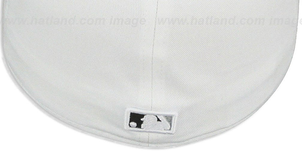 Yankees 'LINEN STRIPE' White-Black Fitted Hat by New Era