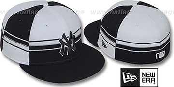 Yankees 'HORIZONTAL WRAP' Black-White Fitted Hat by New Era