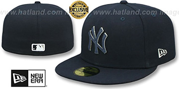 Yankees 'LEATHER POP' Navy Fitted Hat by New Era