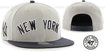 Yankees 'SCRIPT-SIDE SNAPBACK' Grey-Navy Hat by Twins 47 Brand