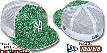Yankees 'ST PATS FLOCKING MESH-BACK' Kelly-White Fitted Hat by New Era